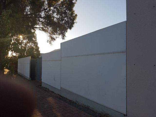 The SIP panel fencing system provides an extreme flat canvass ready for rendering
